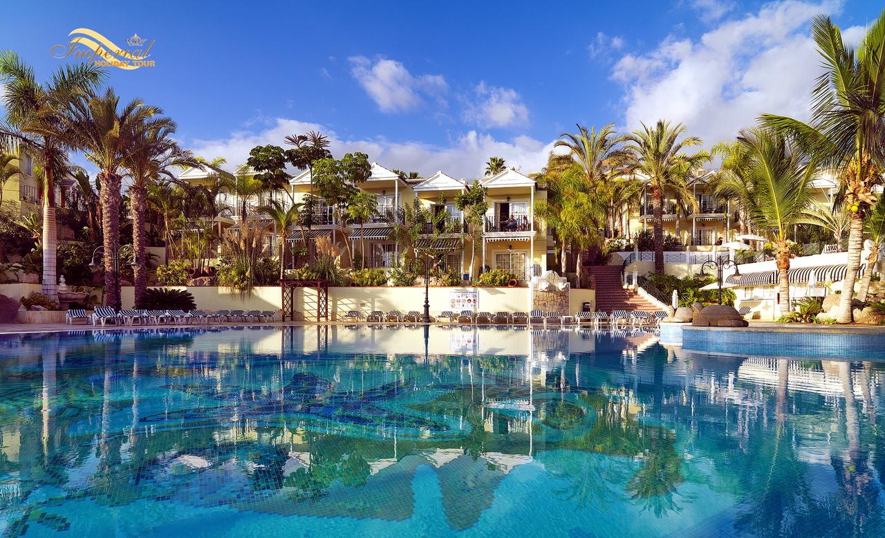 Tenerife_Oasis_resort_001.JPG